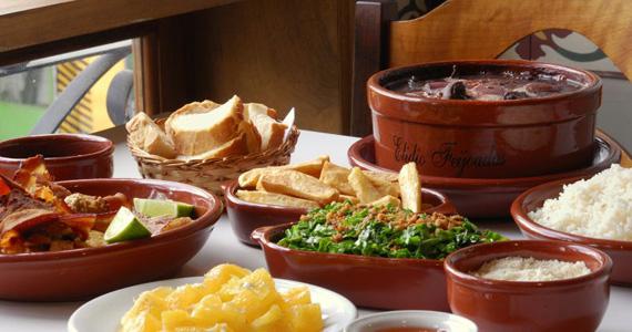 Sábado com a tradicional feijoada completa e saborosa do Elidio Bar Eventos BaresSP 570x300 imagem