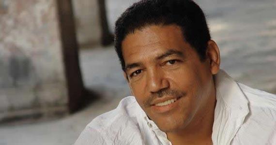Fernado Ferrer sobe ao palco do Bourbon Street Music Club Eventos BaresSP 570x300 imagem