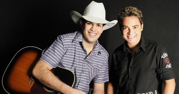 Fernando & Sorocaba e Thaeme & Tiago na Arena Verão Show no Guarujá Eventos BaresSP 570x300 imagem