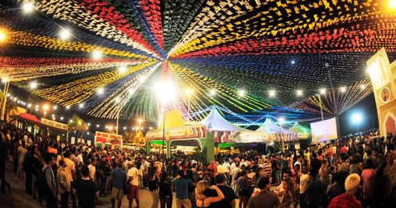 Revista Azmina promove a Festa Junina com muitas atrações no Las Magrelas Eventos BaresSP 570x300 imagem