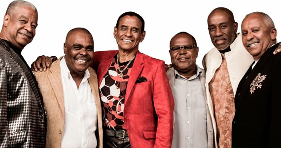 Fundo de Quintal apresenta sucessos de 35 anos de carreira em show no Country Beer Eventos BaresSP 570x300 imagem