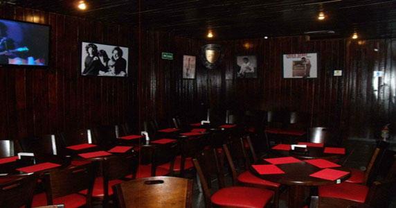 Os sucessos da banda King Bird no palco do Gillans Eventos BaresSP 570x300 imagem