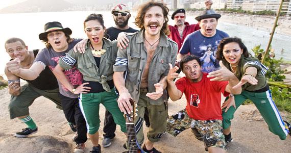 HSBC Brasil recebe diversidade musical da banda Gogol Bordello na turnê Pura Vida Conspiracy  Eventos BaresSP 570x300 imagem
