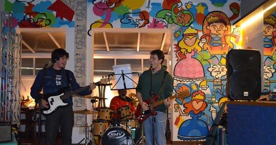 B Music Bar recebe o show Banda Goddannfelas tocando Classic Rock Eventos BaresSP 570x300 imagem