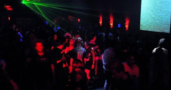 Clube Inferno apresenta a Festa temática Neon Party, Baby! Eventos BaresSP 570x300 imagem