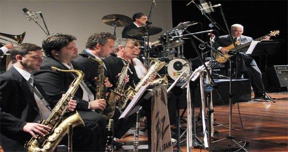 Luiz Ayrão, banda Philadélfia e Jazz Big Band animam o Grande Baile do Clube Juventus Eventos BaresSP 570x300 imagem