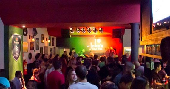 Duo Sonic embala a noite da galera no St. John's Irish Pub Eventos BaresSP 570x300 imagem