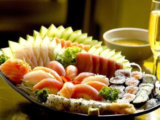 Kabuki tem preços especiais para menu fechado nas reservas Eventos BaresSP 570x300 imagem