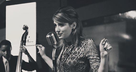 Cantora Lorenza Pozza se apresenta no Tom Jazz com show inédito Eventos BaresSP 570x300 imagem