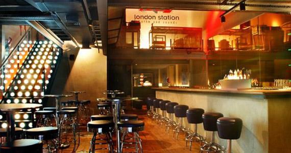 Banda Soul Fine sobe ao palco e comanda Noite da Tequila no London Station Eventos BaresSP 570x300 imagem