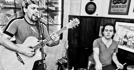 Mael Júlia & Milton Santos animam a noite no BarBirô