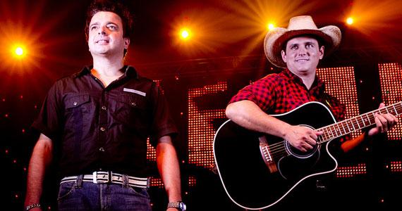 Dupla Marcos & Claudio realizam show no Carioca Interlagos nesta sexta-feira Eventos BaresSP 570x300 imagem