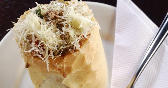 Sanduíche Mooquinha é a opções desta quinta-feira para o almoço no Elidio Bar Eventos BaresSP 570x300 imagem