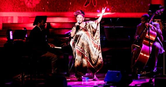 Omara Portuondo se apresenta com a Tour Magia Negra no Teatro Bradesco Eventos BaresSP 570x300 imagem