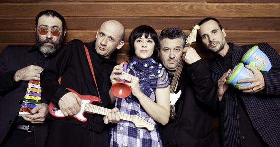 Sesc Belenzinho apresenta o show da banda mineira Pato Fu  Eventos BaresSP 570x300 imagem