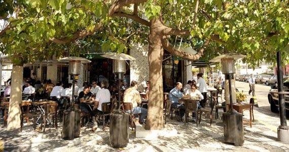 Pirajá oferece diversas opções de petiscos e drinks especiais no sábado Eventos BaresSP 570x300 imagem