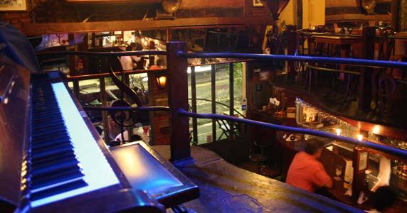 Segunda tem Bossa Nova e MPB com Dau Oliveira no Piratininga Bar Eventos BaresSP 570x300 imagem