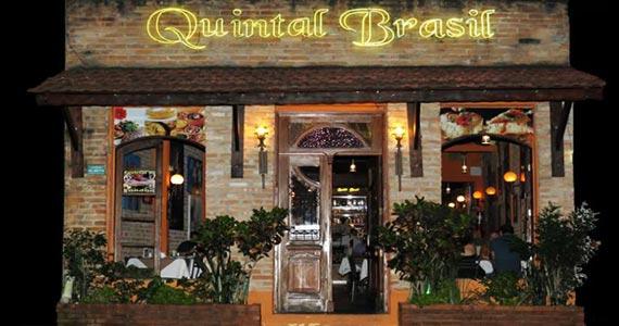 Quintal Brasil recebe Roberto Luna para animar a noite com muito bolero nesta quinta Eventos BaresSP 570x300 imagem