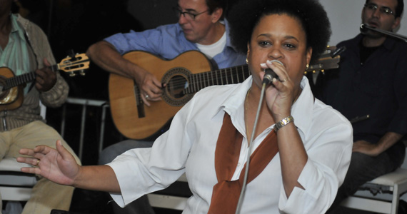 Convidada especial Rose Guará e outras atrações no Traço de União  Eventos BaresSP 570x300 imagem