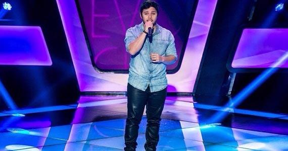 Renato Vianna se apresenta no palco do Ao Vivo Music com sucessos do pop rock Eventos BaresSP 570x300 imagem