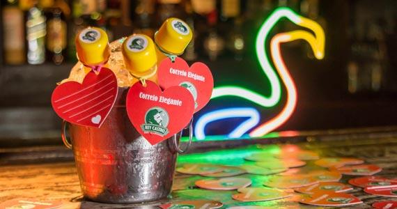 Rey Castro oferece drink Latin Lover para comemoração do Dia dos Namorados Eventos BaresSP 570x300 imagem