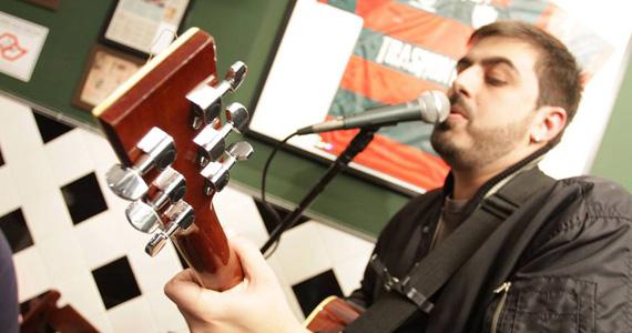Robson de Azevedo embala as noites no Di Primeira Bar com muita música Eventos BaresSP 570x300 imagem