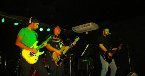 Bandas Trippers e Rock Fútil agitam o palco do London Station Eventos BaresSP 570x300 imagem