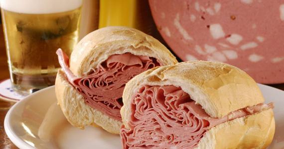 Sanduíche de Mortadela é uma das opções gostosas do Elidio Bar Eventos BaresSP 570x300 imagem