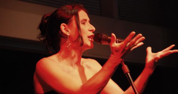 Sônia Andrade realiza apresentação no restaurante Extravirgen Eventos BaresSP 570x300 imagem