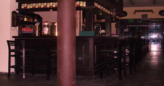 St John's Irish Pub oferece Heineken com futebol nesta quarta-feira Eventos BaresSP 570x300 imagem