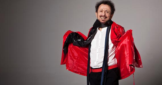 Cantor e compositor Tom Zé faz shows no palco do Sesc Vila Mariana Eventos BaresSP 570x300 imagem