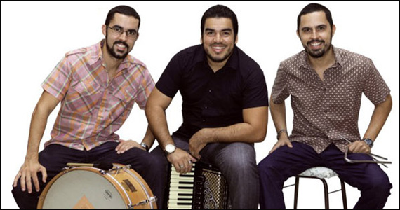 Canto da Ema apresenta forró dançante do Trio Dona Zefa neste domingo Eventos BaresSP 570x300 imagem