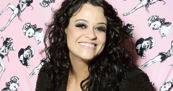 Tulipa Ruiz coloca o público para dançar no Sesc Vila Mariana com o show Dancê Eventos BaresSP 570x300 imagem
