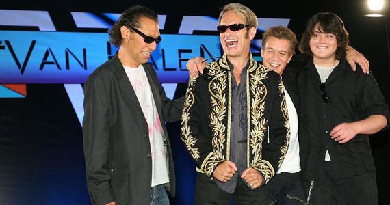 A banda Andrade's Brothers realiza show no Dinossauros Rock Bar Eventos BaresSP 570x300 imagem