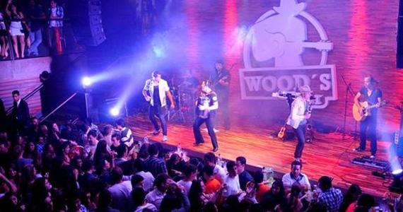 Wood's Bar anima a noite de feriado com os sucessos do sertanejo universitário Eventos BaresSP 570x300 imagem
