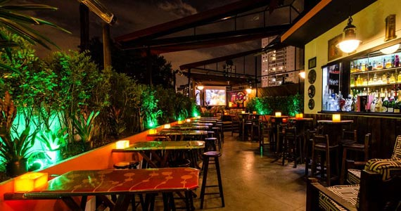 Noite da Cerveja com muito flash back no Akbar Lounge e Disco BaresSP