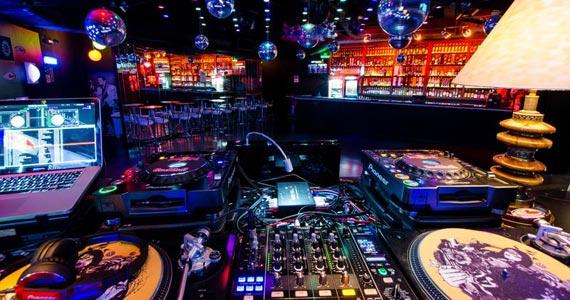 Akbar Lounge apresenta no sábado a Noite da Brilhantina Eventos BaresSP 570x300 imagem