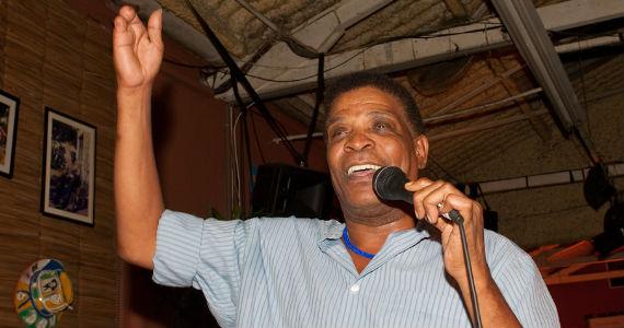 Aldo Bueno e Convidados embalam a noite de sábado na balada Traço de União Eventos BaresSP 570x300 imagem