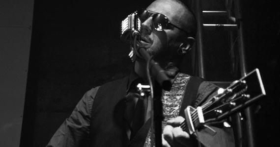 Alex Zambrana comanda a tarde com muito pop rock no Bar Providência Eventos BaresSP 570x300 imagem