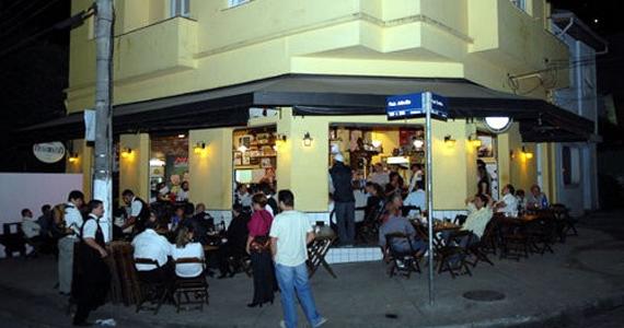 Assembleia Bar oferece happy hour descontraído na Vila Mariana Eventos BaresSP 570x300 imagem