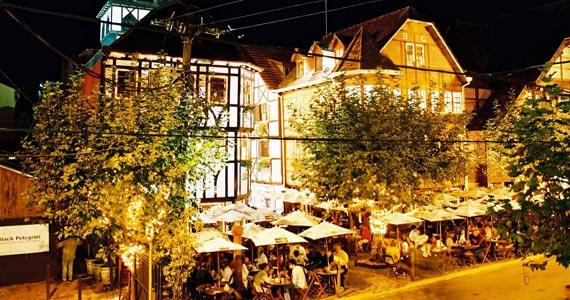 Choperia Baden Baden realiza a 6ª Oktoberfest em Campos do Jordão Eventos BaresSP 570x300 imagem