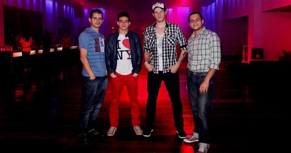 Banda Overman se apresenta no palco do Na Mata Café Eventos BaresSP 570x300 imagem