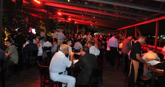 Venha curtir nesta segunda o Happy Sampa no Bar Brahma Aeroclube Eventos BaresSP 570x300 imagem