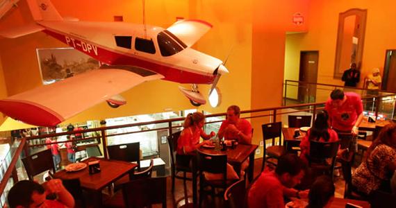 Bar Brahma Aeroclube oferece neste sábado feijoada ao som do grupo Balaio de Gato Eventos BaresSP 570x300 imagem