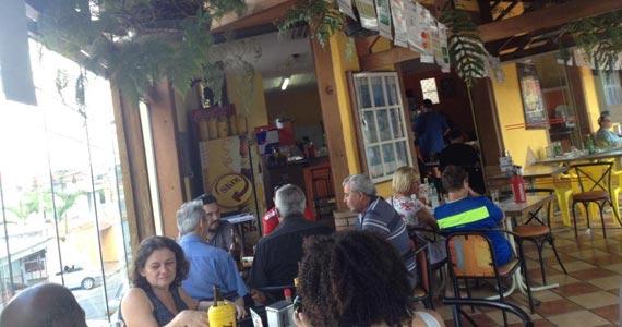 Bar de Vidro oferece diversos petiscos acompanhados de cervejas, drinks e sucos Eventos BaresSP 570x300 imagem