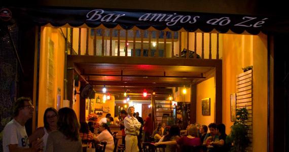 Bar Amigos do Zé oferece happy hour descontraído nesta segunda-feira Eventos BaresSP 570x300 imagem