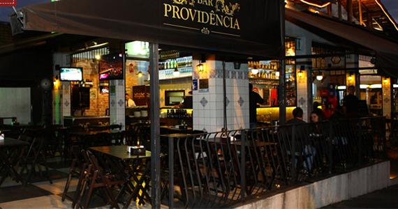 Banda Aqueles Caras comanda a noite com pop rock no Bar Providência Eventos BaresSP 570x300 imagem