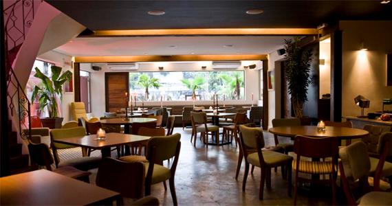 Blá Bar recebe uma noite de Karaoke com banda ao vivo na quarta-feira Eventos BaresSP 570x300 imagem