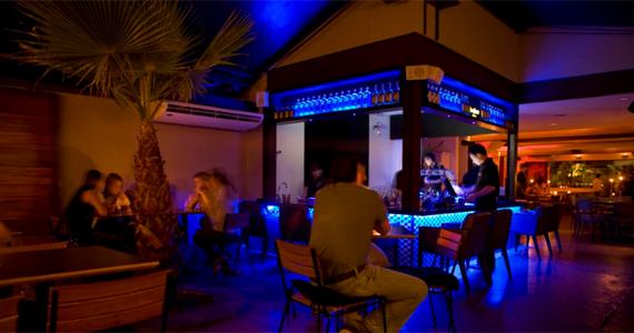 Happy hour com descontração e DJ convidado no Bar Blá  Eventos BaresSP 570x300 imagem