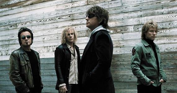 Cover do Bon Jovi se apresenta no palco do Bar Rock Club Eventos BaresSP 570x300 imagem